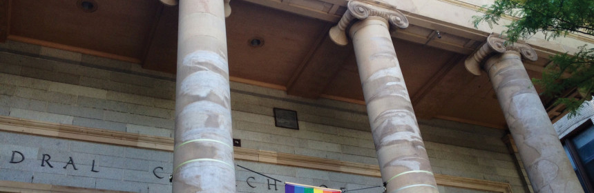 Cathedra Church of St. Paul in downtown Boston shows support for LGBT rights. (Photo by Isabelle DeSisto)